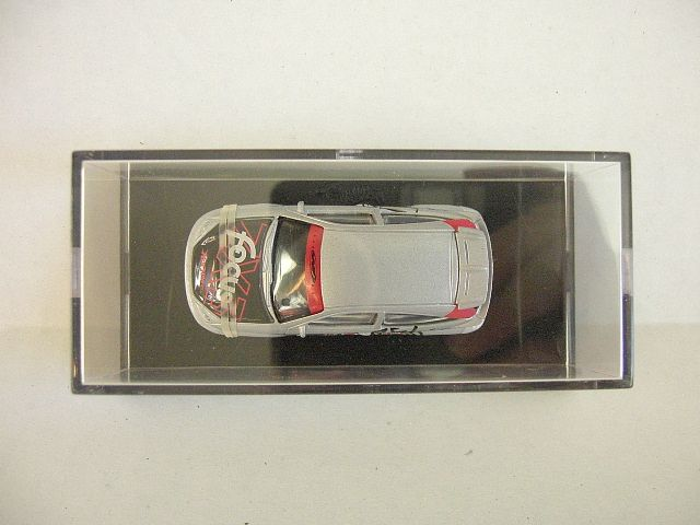 1998 100% Hot Wheels Ford Focus in Display Case 164 Diecast NEW